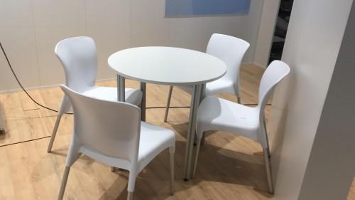Alquiler de sillas apilables de dise o - Alquiler de mesas y sillas para eventos precios ...