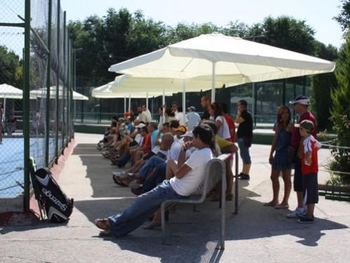 alquiler de sombrillas para eventos al aire libre