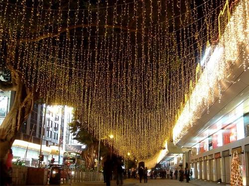 470775b9dd9 Alquiler de cortinas de luces led de 6 metros de caída para decoración  calles