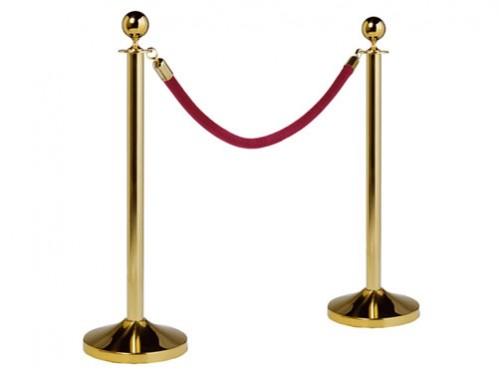 Alquiler de catenarias clásicas doradas con cordón rojo trenzado