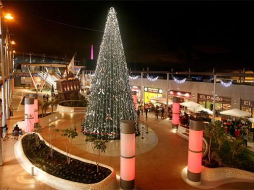 rboles de navidad de metros diseados para espacios exteriores
