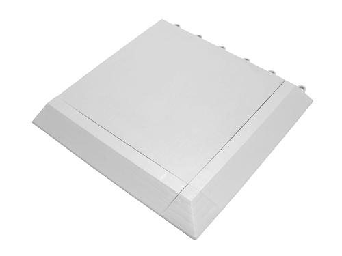 Alquiler de tarimas blancas modulares para eventos